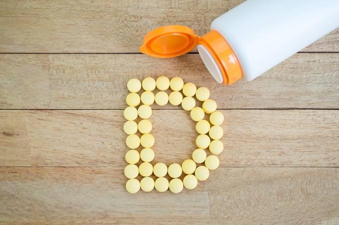 Suplemento de cálcio e vitamina D não reduz fraturas, diz estudo