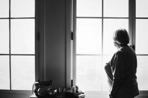 Estudo mundial sobre solidão mostra que idosos não são os únicos vulneráveis
