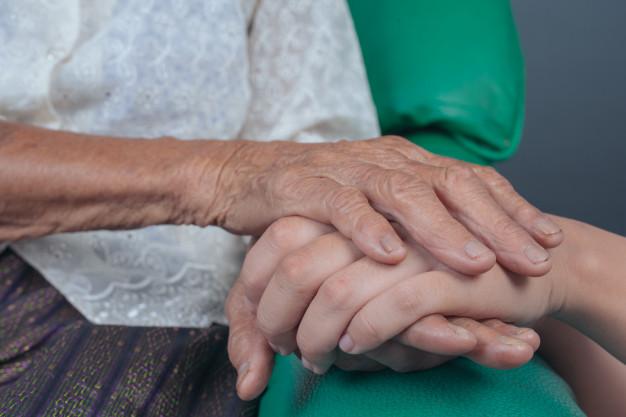 O papel da sociedade na proteção aos direitos dos idosos