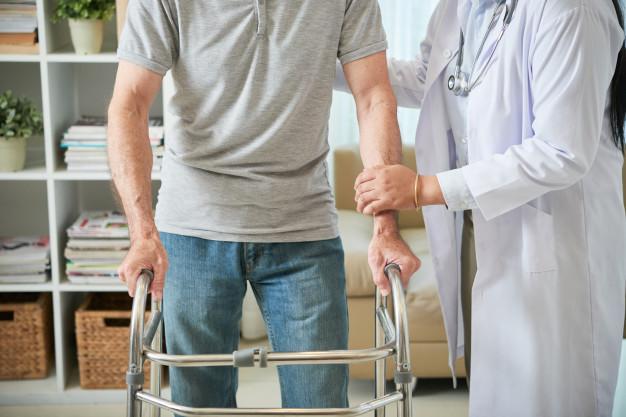 Osteoporose traz alerta aos idosos, que já somam mais de 10 milhões com a doença