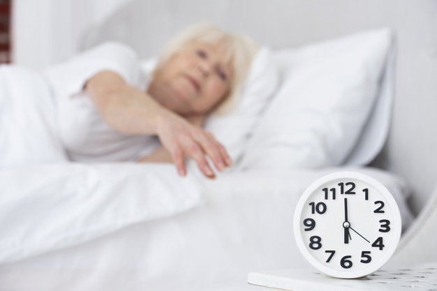 Insônia em idosos: É preciso se atentar aos sinais