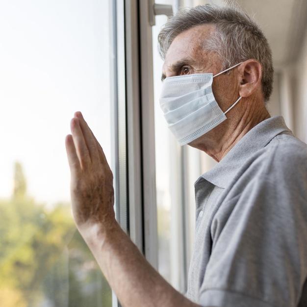 A saúde mental como chave no cuidado aos idosos