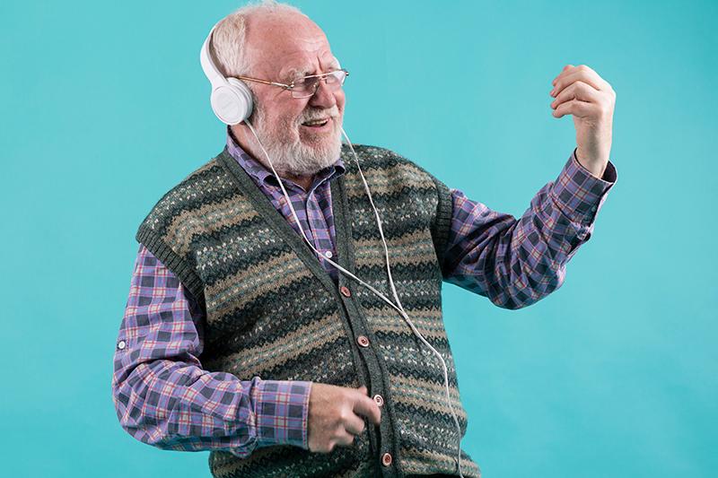 O impacto da música em pacientes com Alzheimer
